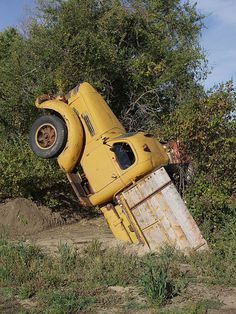 The Yellow Nosed Truck Mole, emerges from its earthly lair to survey its surroundings. Abandoned Cars, Abandoned Buildings, Abandoned Places, Abandoned Vehicles, Cool Trucks, Big Trucks, Farm Trucks, Shooting Break, Danny Zuko