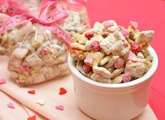 APPLE A DAY: Sweet & Salty Valentine's Day Party Mix