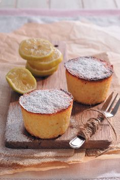 Ricotta and lemon cakes are wonderfully light desserts inspired by some of Sicily& favourite flavours. Soft, sweet and perfect with a cup of coffee! Light Desserts, Lemon Desserts, Delicious Desserts, Yummy Food, Baking Recipes, Dessert Recipes, Lemon Cakes, Adult Birthday Cakes, Sicilian Recipes