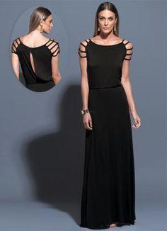 8f4e0ccac Vestido longo Mink confeccionado em malha de viscose com elastano. Modelo  com mangas vazadas