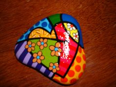 Easy Paint Rock For Try at Home (Stone Art & Rock Painting Rock Painting Patterns, Rock Painting Ideas Easy, Rock Painting Designs, Paint Designs, Heart Painting, Pebble Painting, Pebble Art, Stone Painting, Painted Rocks Craft