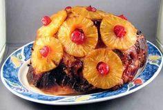 Ham With Brown Sugar And Pineapple Glaze /Thanksgiving Turkey Recipe from Jody Sheridan Milligan. Holiday Ham, Holiday Baking, Holiday Recipes, Christmas Ham, Holiday Meals, Baked Ham With Pineapple, Pineapple Guava, Guava Jelly, Pineapple Recipes