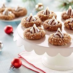 Ginger Molasses Blossom Cookies. My goodness...yum!