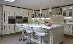Smallbone Style Mirrored Inserts Kitchen (1)