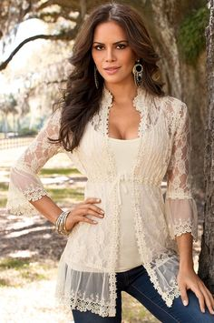 Hermione outfit inspiration-Lace Tunic in White Beauty And Fashion, Look Fashion, Passion For Fashion, Fashion Outfits, Womens Fashion, Trendy Fashion, Fashion Spring, Fashion Design, Lingerie Look