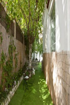 Casa Verde, a property with barbecue facilities and a terrace, is located in Barcelona, 2 miles from Camp Nou, Magic Fountain, Separate, Microwave, Terrace, Dishwasher, Beautiful Places, Barcelona, Spain, Bedrooms