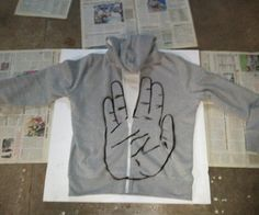 If you are fan of Star Trek this instructable is for you !!!!   You will find here a good way to build a stencil and create a hand on a sweat shirt an...