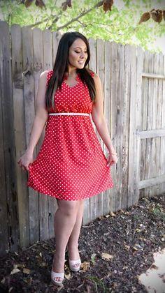 http://simplymarlena.com/wp-content/uploads/2012/08/Outfit-3-02-314x560.jpg