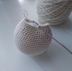 3uggla_58c5452de087c37cc56857c2 Diy Crochet And Knitting, Crochet Animals, Free Pattern, Straw Bag, Diy And Crafts, Crochet Patterns, Owl, Basket, Sewing