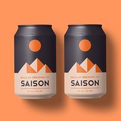 This monochrome minimalist design combined with simple objects/shapes makes you want to grab one. Food Packaging Design, Bottle Packaging, Packaging Design Inspiration, Brand Packaging, Coffee Packaging, Brand Inspiration, Craft Beer Labels, Wine Labels, Bottle Labels