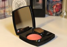 Chanel Spring Collection   peachy coloured Joues Contraste blush in shade 76 Frivole