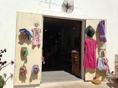 Una bonita tienda en Formentera y un Hotel para quedarse a vivir en él : Balafia y Hotel es Mares: Day 4 | Sisters and the City Ibiza, Room, Furniture, Hawaii, Home Decor, Summer, Live, Pretty, Store