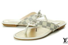 Imitation Womens Louis Vuitton Flip Flops have the perennially chic style that can be by the hand. Take one and it will upgrade your social status. Louis Vuitton Flip Flops, Louis Vuitton Flats, Louis Vuitton Clothing, Women's Loafer Flats, Loafers, Sandals, Chic, Heels, Dupes
