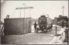 Zaandijk Zaandijkerweg Tolwacht, Tolhuisje Zaandijk-Wormerveer, MEA Bus nr. G 1641 Wegebelasting. ca 1925