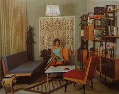 1950's Atomic Ranch House: The Mid-Century Debate