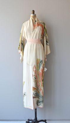 Kujaku vintage Japanese kimono
