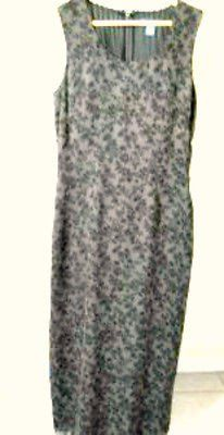Maker: Banana Republic Color: Taupe Size: Misses 4 U.S.A. Style: Tank style long dress with adorable floral print. Fully lined in Polyester. Zipper in the back. Measurements Armpit to armpit (take thi