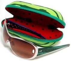 "Watermelon sunglasses from Brazilian company ""Chili Beans.""   http://www.wdicas.com/chilli-beans-modelos-de-oculos-solar-parceria-com-o-estilista-famoso-alexandre-herchcovitch/"