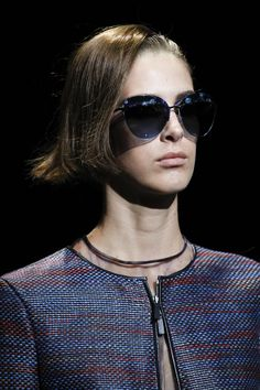 Giorgio Armani Spring 2017 Ready-to-Wear Fashion Show Details