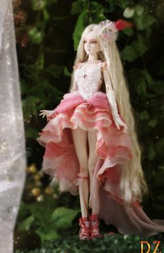 Tulip-1 girl 62cm Ball-jointed doll