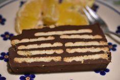 Åh mon ikke vi alle har skønne barndomsminder med en lækker kiksekage? Søde, chokolademinder. Jeg mindes min farmors kiksekage lavet af svinepalmin - en kiksekage der smeltede på tungen. Jeg har ikke smagt kiksekage i MANGE år. Jeg har gået lidt udenom