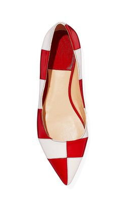 Take a victory lap in checkered point-toe flats that will rev up any outfit.