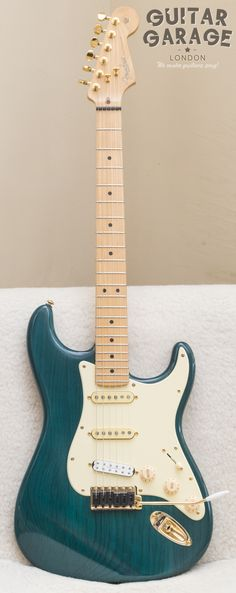 2002 Fender Stratocaster USA Custom - with Graphtech, Earvana, Seymour Duncan, Custom Shop and Callaham upgrades. All gold hardware!