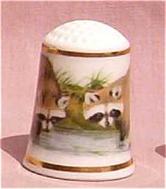 FRANKLIN BABY ANIMALS COLLECTION THIMBLE RACCOON