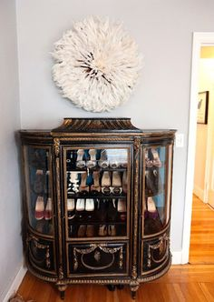 lovely shoe storage (Kristina, this is soooo u)!