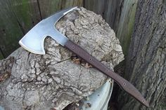 Tactical Tomahawk -- look at that haft...