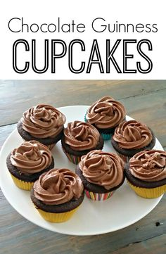 Chocolate Guinness Cupcakes.  Great for a beer tasting party! Guinness Cupcakes, Beer Cupcakes, Yummy Cupcakes, Cupcake Cakes, Beer Recipes, Cooking Recipes, Beer Tasting Parties, Wine Tasting, Cupcake Recipes