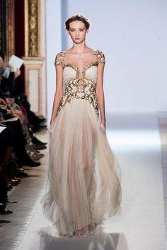 Vestidos de novia 2013 con inspiración en diosas griegas [Fotos]