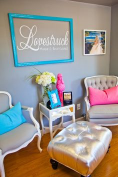 Love struck makeup and beauty lounge waiting area design salon logo on chai Nail Salon Decor, Beauty Salon Decor, Tanning Salon Decor, Salon Waiting Area, Muebles Shabby Chic, Nail Room, Home Salon, Salon Furniture, Beauty Lounge
