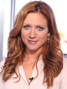 Brittany Snow in pitch perfect. <3 this hair colour!