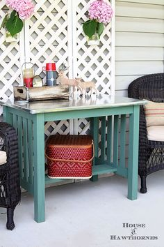 DIY instructions for making a zinc top table. Dining table could be used inside or outside. Galvanized sheet metal was used to keep the cost low. Chandelier In Living Room, Living Room Lighting, Zinc Table, Dining Table, Copper Table, Upcycled Furniture, Diy Furniture, Decorating Tips, Decorating Your Home