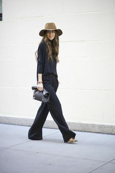 black on black annie hall style / wide leg trousers + loose top + floppy hat