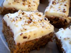 Best Ever Carrot Cake. This Carrot Cake is absolutely DELICIOUS! It has a secret ingredient that helps to enhance its flavor and make it exceptionally moist! This will quickly become a new favorite and will be your go-to carrot cake recipe! Cream Cheese Icing, Cinnamon Cream Cheeses, Frosting Recipes, Cake Recipes, Keto Recipes, Carrot Cake, Carrots, Food And Drink, Frozen