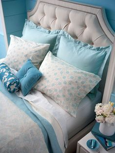 Want your bedroom to be a soothing retreat? Here's how: http://www.bhg.com/rooms/bedroom/master-bedroom/relaxing-bedroom?socsrc=bhgpin052912