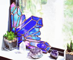 Fun Window Accent Design Ideas blue purple geode stained glass piece is part of Stained glass spider web - Stained Glass Projects, Stained Glass Art, Stained Glass Windows, Mosaic Glass, Window Glass, D House, Decoration Inspiration, My New Room, Tiffany