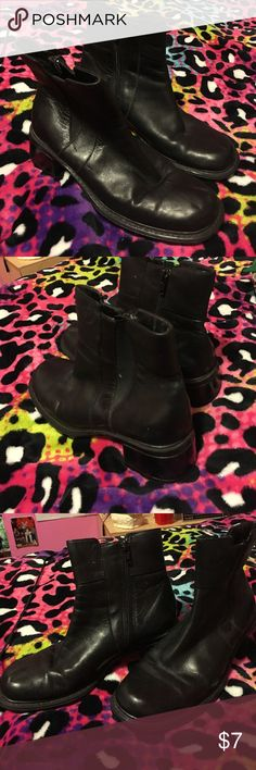 💥BLOW OUT SALE💥 👢black ankle boots👢 Good shape :) Shoes Ankle Boots & Booties