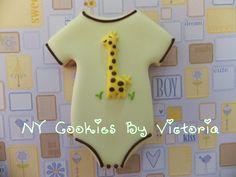 Baby Giraffe Onesie Cookie - The Art of the Cookie Giraffe Cookies, Baby Boy Cookies, Onesie Cookies, Baby Shower Cookies, Baby Shower Gender Reveal, Baby Shower Themes, Baby Boy Shower, Baby Showers, Shower Ideas