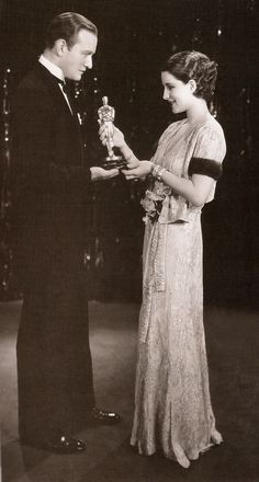 Norma Shearer at the 1930 Oscars-she is actress silent movies then talkies movies