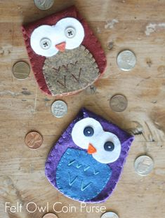 felt owl coin purse with free template.