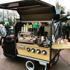 Being a bit of a coffee and caffeine addict, as many people claim themselves to be, often involves drinking many types of coffee products, such as espresso, Mobile Coffee Cart, Mobile Coffee Shop, Mobile Food Cart, Mobile Food Trucks, Food Cart Design, Food Truck Design, My Coffee Shop, Coffee Shop Design, Kombi Food Truck