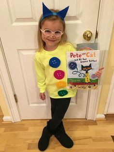 Pete the Cat - 4 Groovy Buttons costume