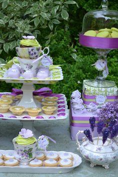 Green & Purple China dessert table