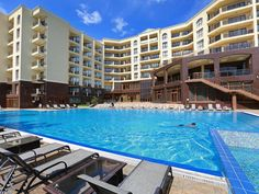 Hotel Golden Line in Golden Sands is with heated outdoor pool - https://blog.kittbg.com/hotel-golden-line-golden-sands-heated-pool/
