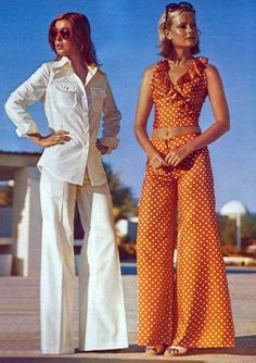Summer Fashion 1970s...I actually made the outfit on the right..only navy with white polka dots :)