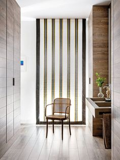 Una casa que encuentra la luz Modern Bedroom Design, Eclectic Design, Modern Interior Design, Cheap Bedroom Decor, Cheap Home Decor, Web Design, Home Design, Bright Apartment, Home Interiors And Gifts
