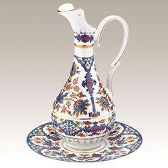 Turkish Kutahya Ever Turkish Lamps, Turkish Kilim Rugs, Turkish Design, Turkish Jewelry, Porcelain Vase, Islamic Art, Artisan, Elsa, Pottery